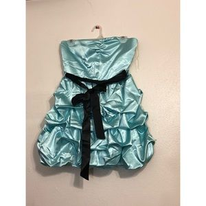 blue ruffle prom dress 🌀💄